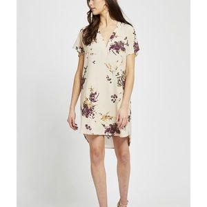 Gentle Fawn Dresses - Gentle Fawn short sleeve floral shift dress